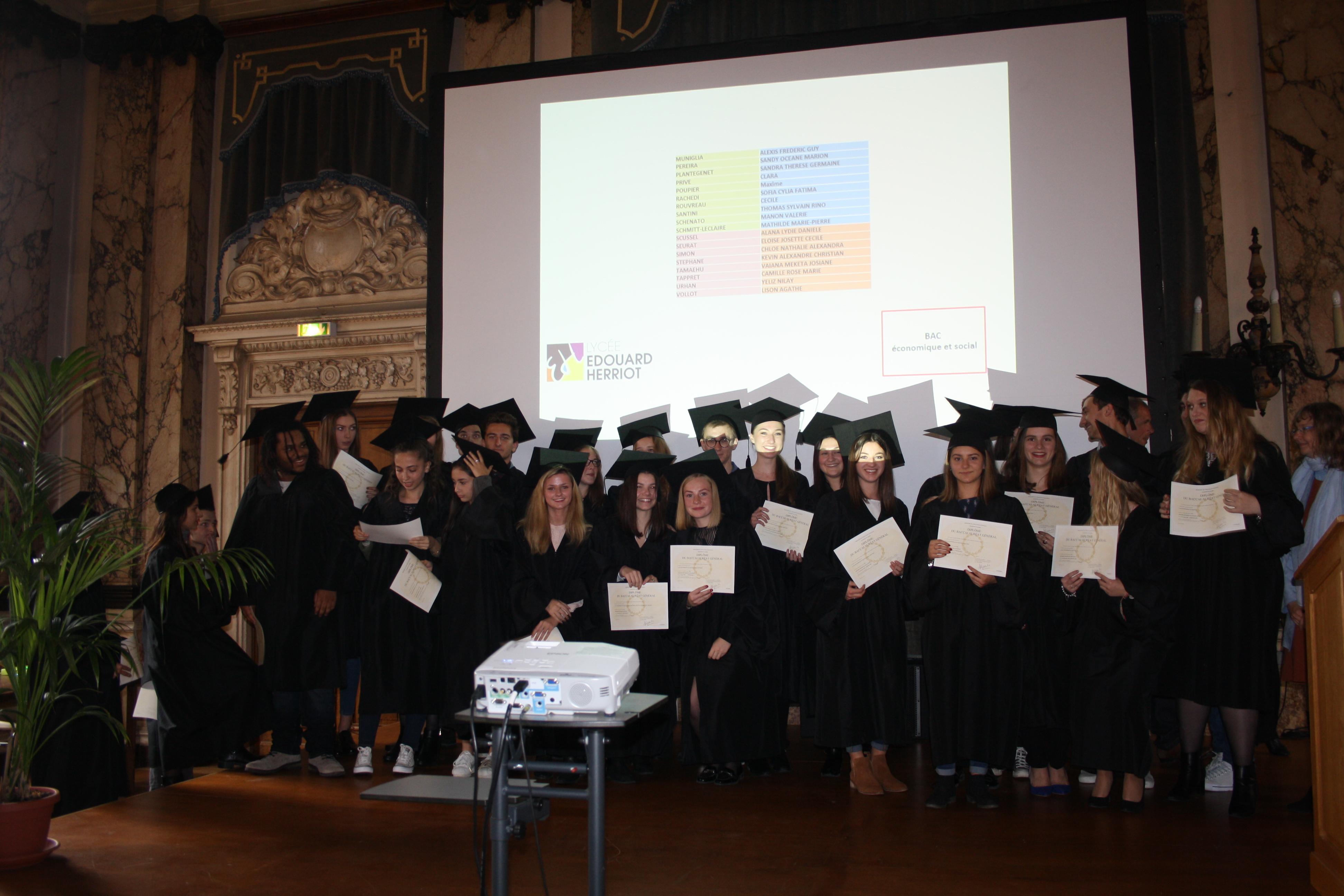 10 17 Remise des diplômes (150)