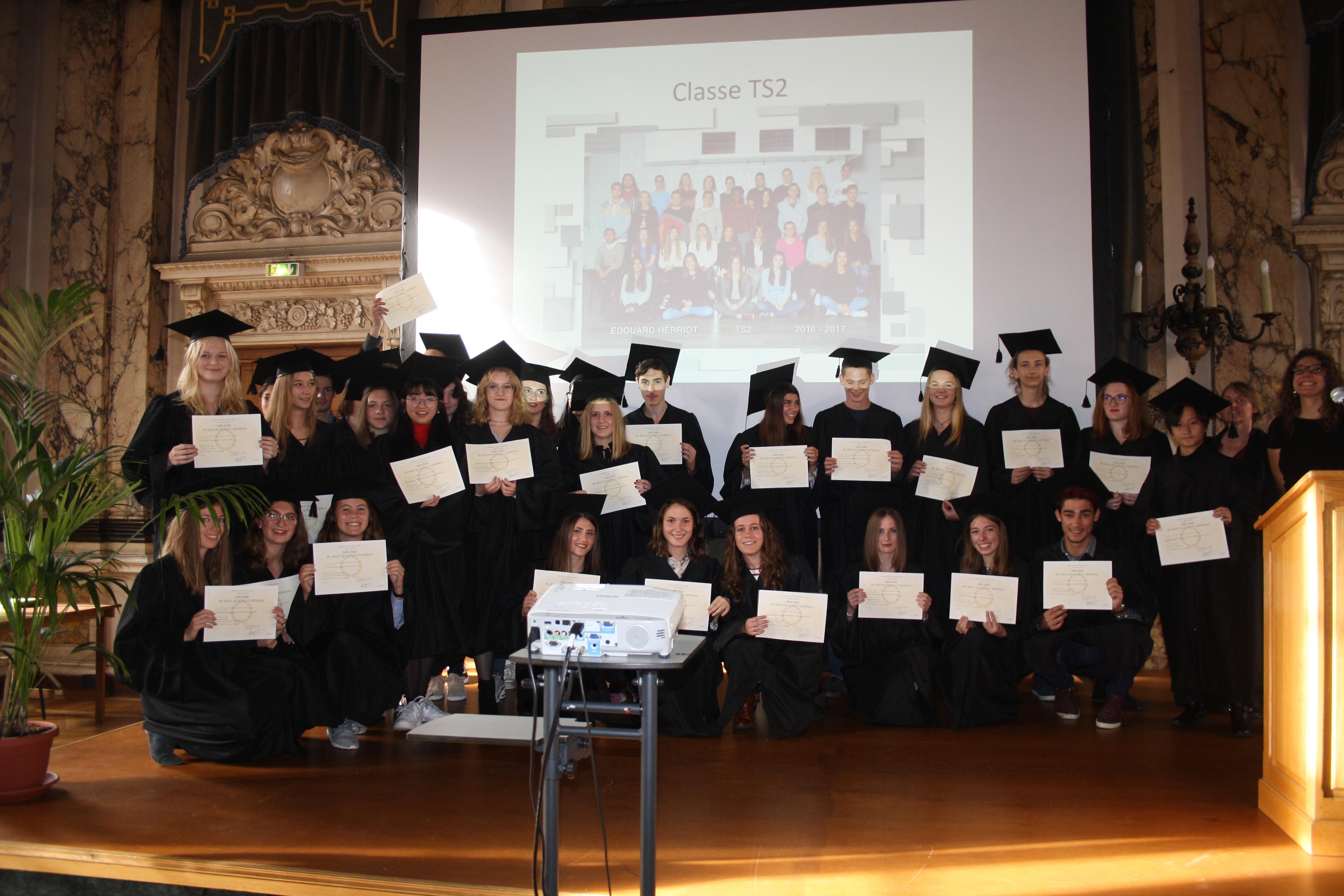 10 17 Remise des diplômes (165)